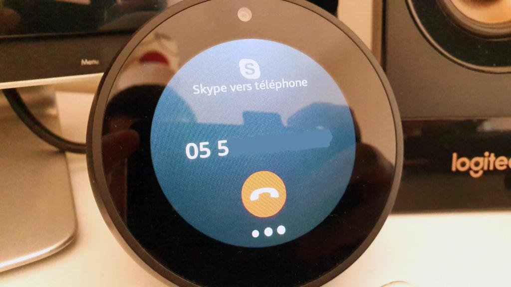 Appeler avec Alexa vers téléphones fixes ou mobiles grâce à Skype
