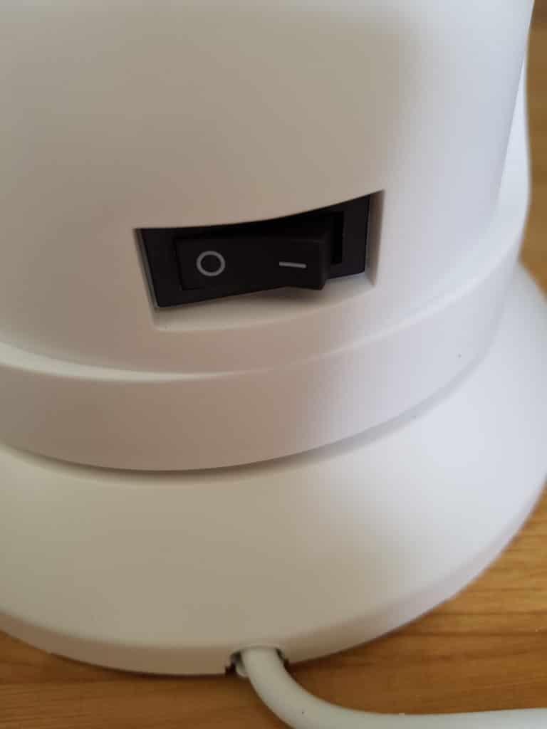 Bouton d'alimentation du ventilateur connecté