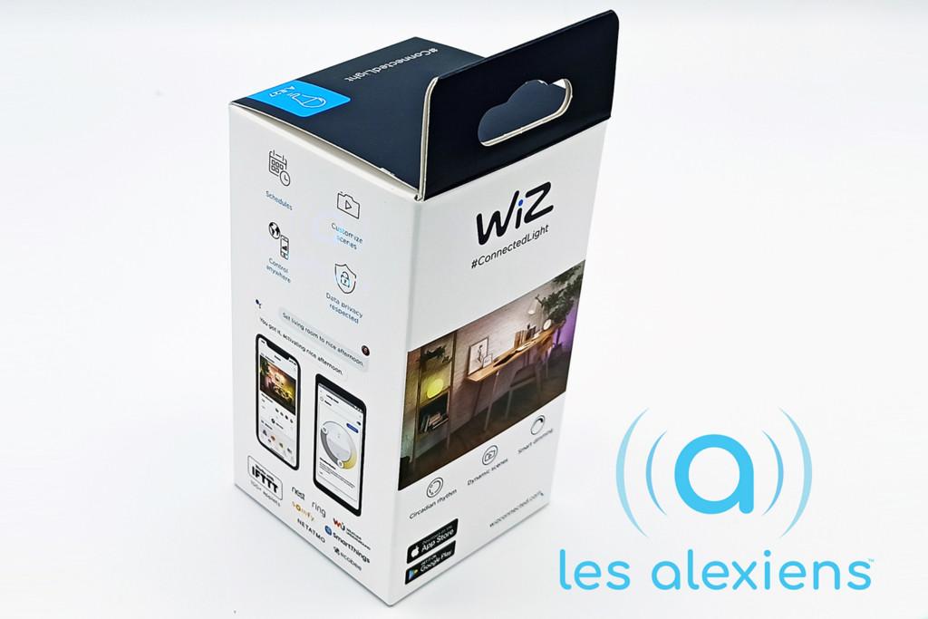 Unboxing WiZ Colors E27