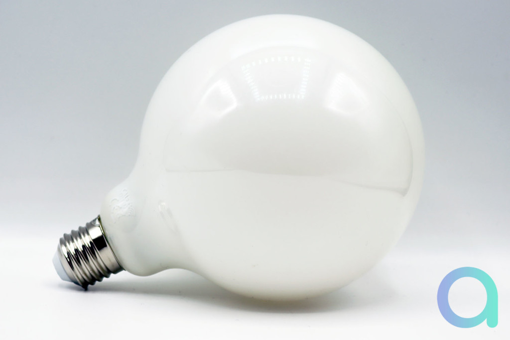 Test et avis sur l'ampoule Calex Smart Globe Lamp