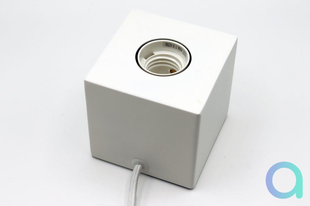 Le socle Calex Lamp Holder