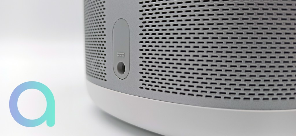 La connectique du Xiaomi Mi Smart Speaker est de type DC - © Les Alexiens