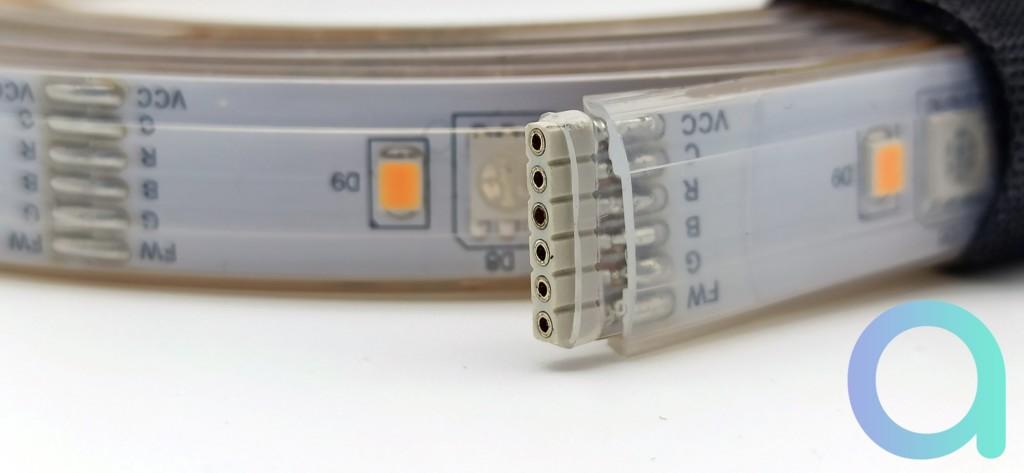 Terminaison connectique du ruban LED LIVARNO LUX de chez Lidl