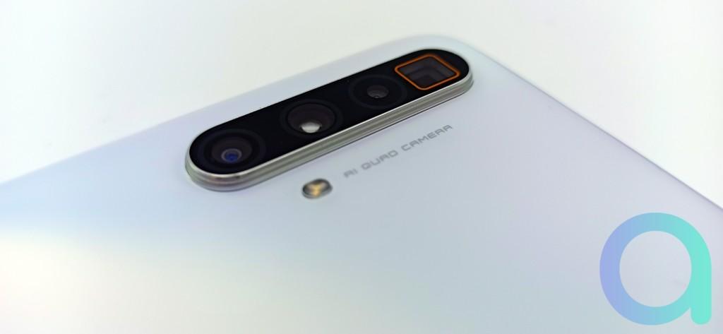 quatre capteurs 64MPX, zoom omnivision, capteur ultra grand angle et macro du Realme X3
