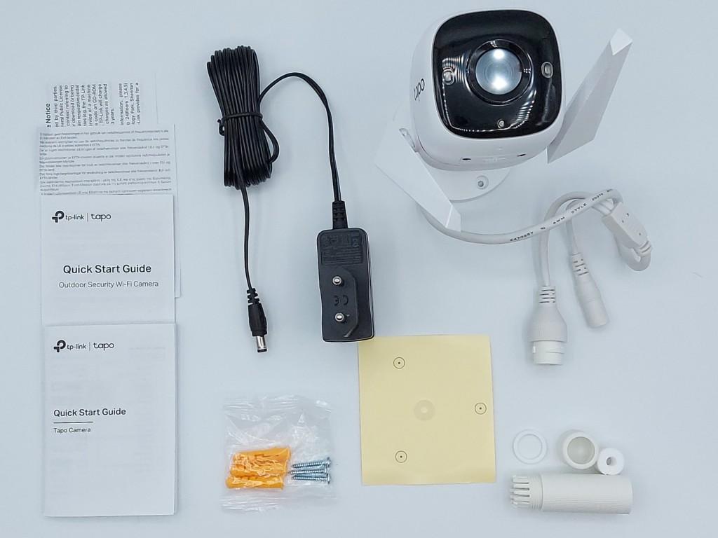 Caméra TP-Link Tapo C310 et ses accessoires