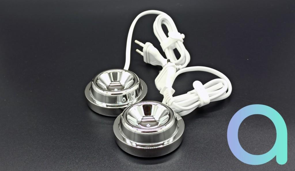 lot de 2 chargeurs à induction fournis avec les 2 brosses a dent Philips Diamond Clean