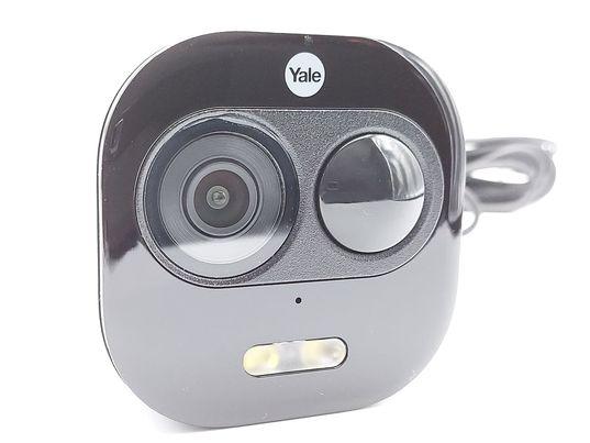 Partie objectif et détecteur de la caméra de porte Yale