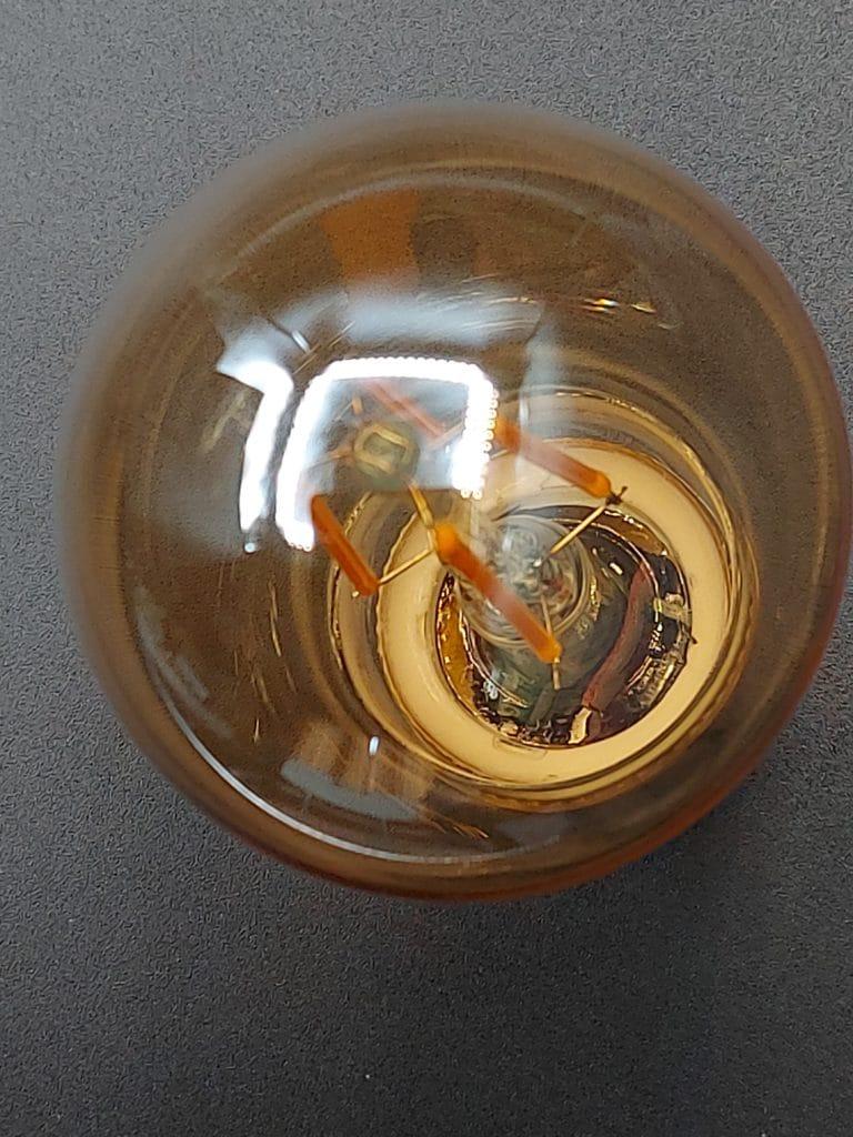 Globe effet vieilli de l'ampoule Innr E27 Vintage à filament