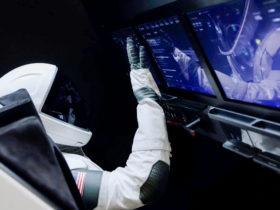SpaceX a choisi d'intégrer Echo Auto dans la capsule Crew Dragon