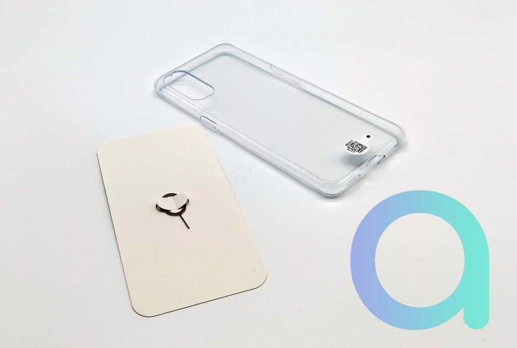 coque transparente et outil pour ouverture du tiroir carte SIM du smartphone Reno4 d'OPPO