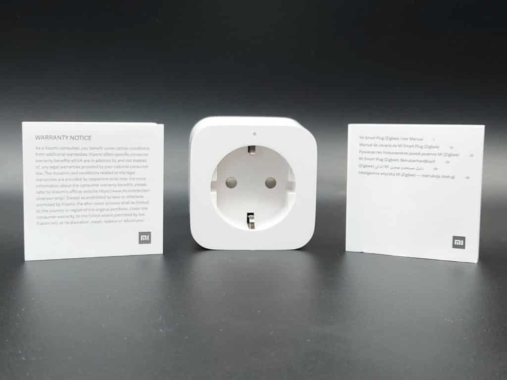 Contenu de la boite : prise et manuel d'utilisation et certificat de garantie