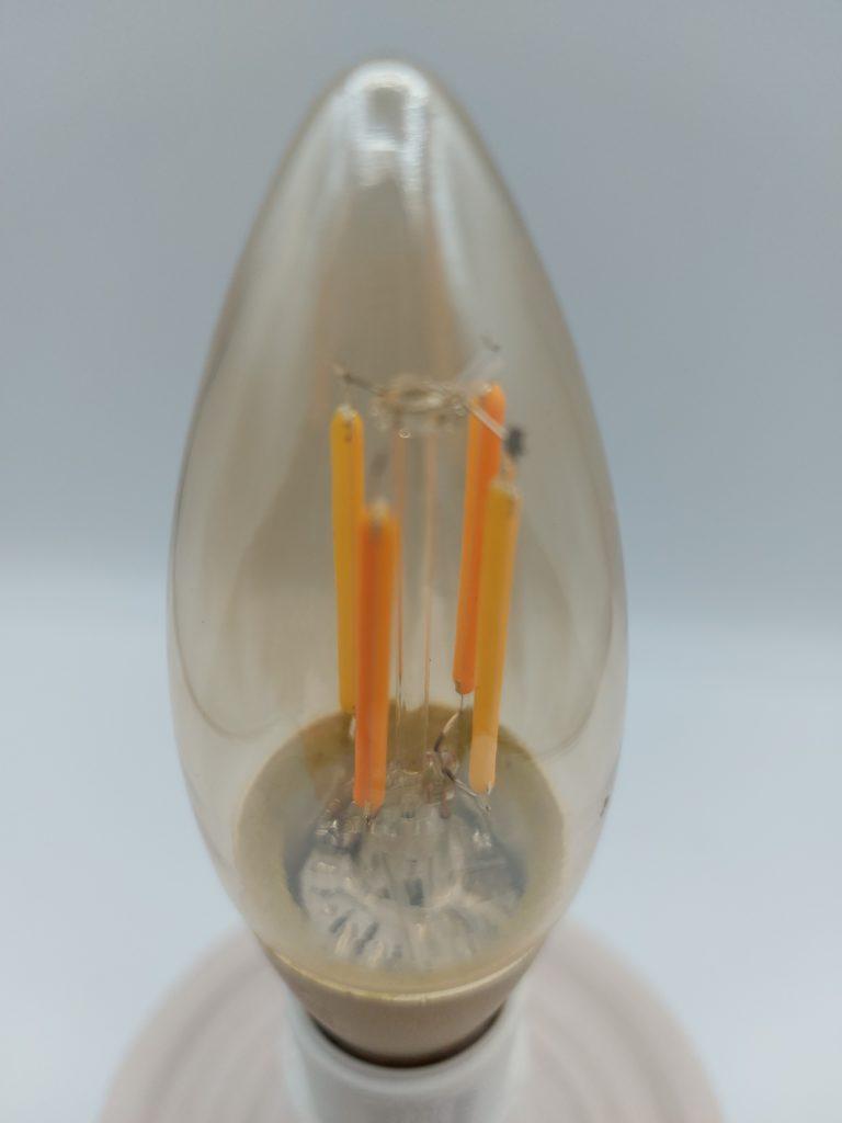 Ampoule Flamme à LED style Filament de LSC Smart Connect