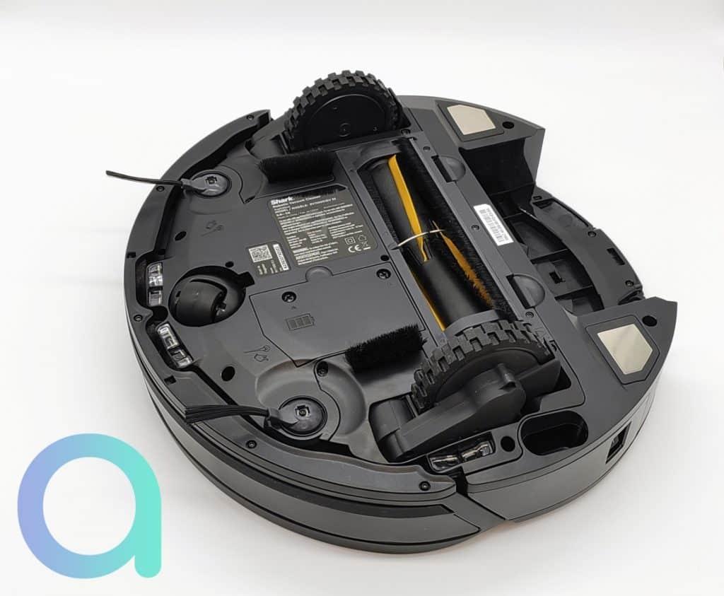 rouleau de la brosse centrale du robot aspirateur connecté IQ Shark