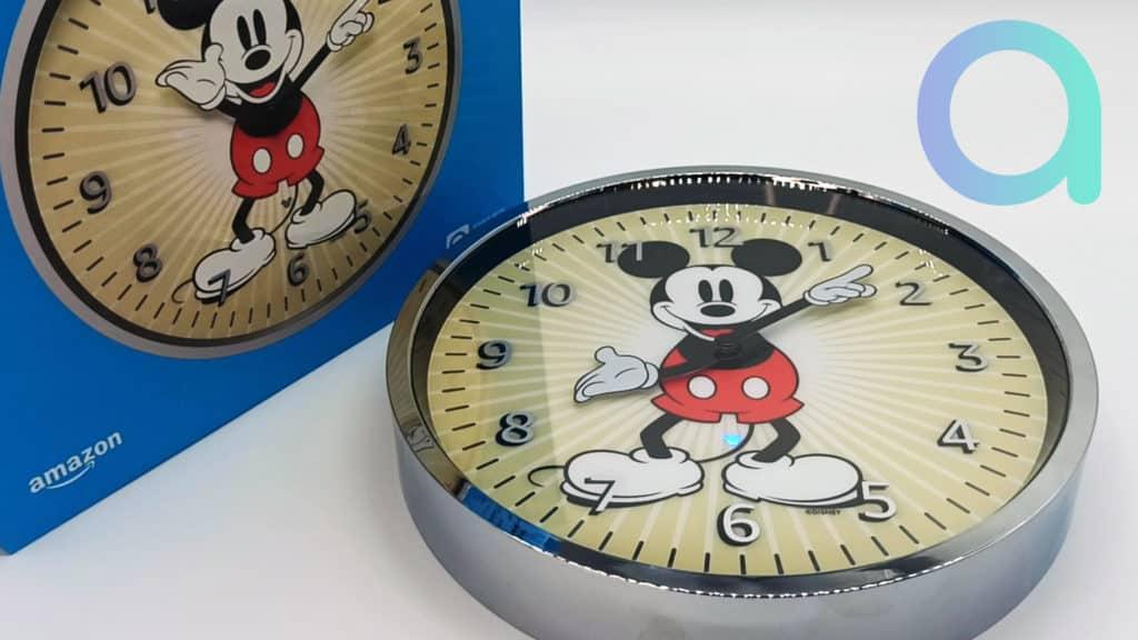 LED témoin de fonctionnement sur la pendule Echo Wall Clock