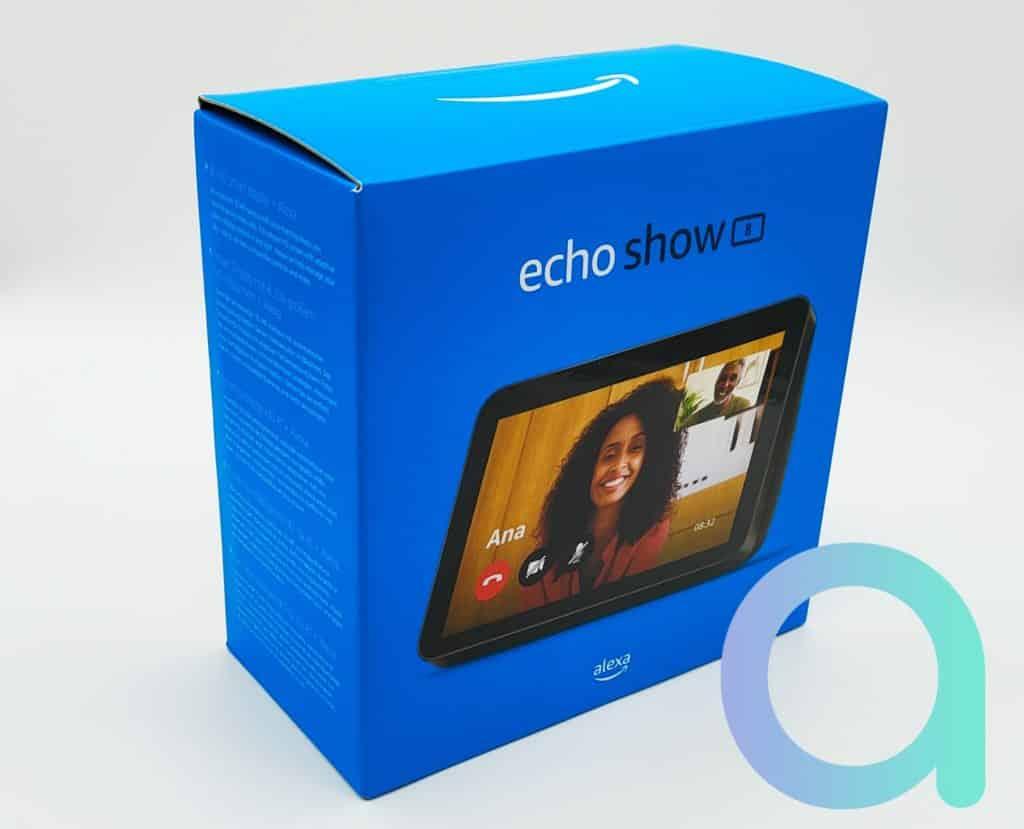 Unboxing Echo Show 8 : que change la 2e génération?