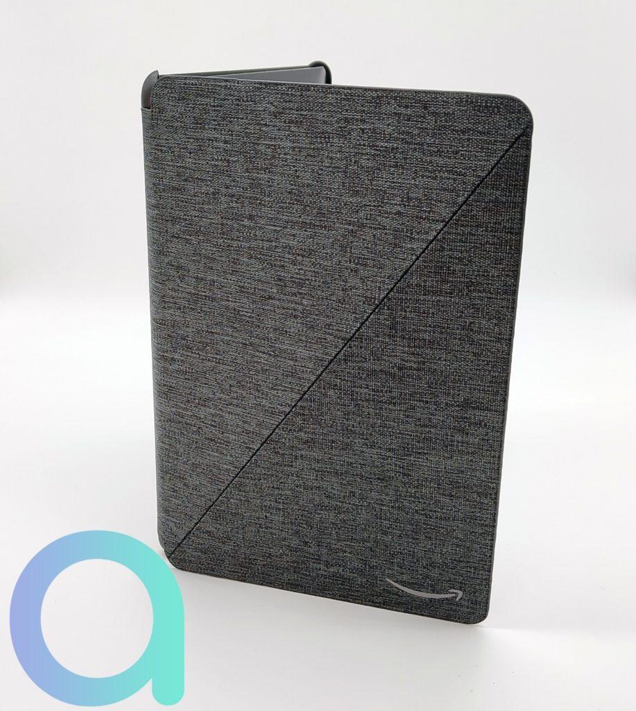 un étui de protection pour la Fire HD 10 est proposé en 4 couleurs : denim, vert olive, lavande ou noir