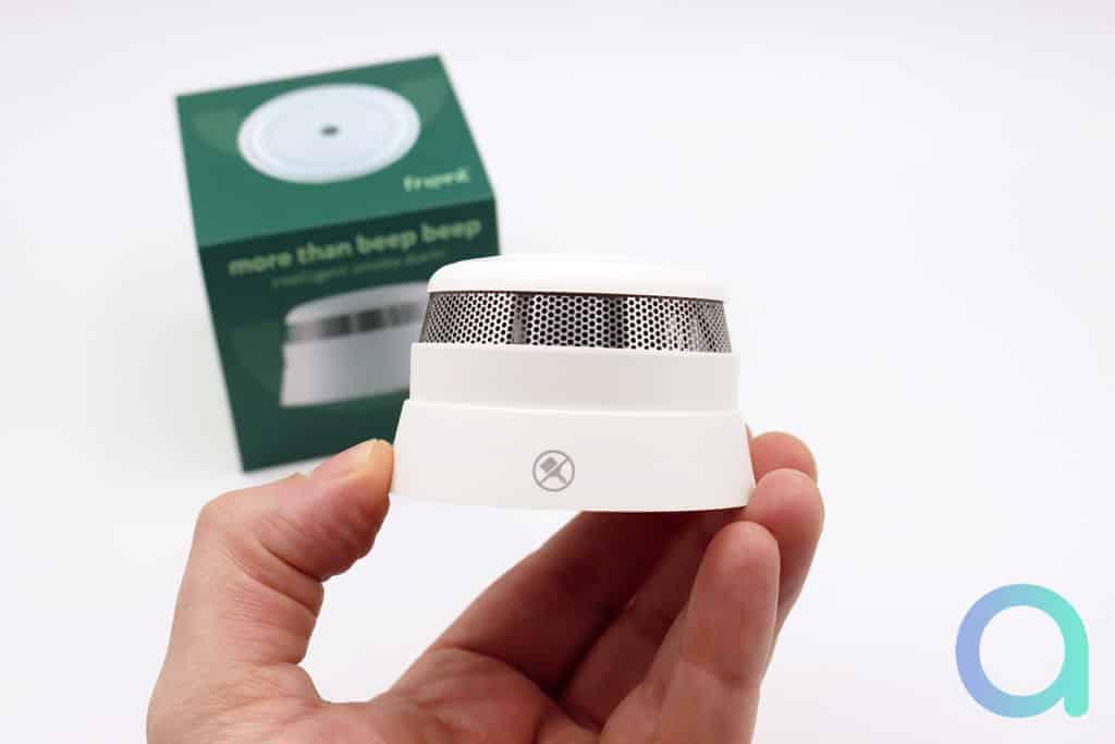 Test détecteur de fumée ZigBee Frient Intelligent Smoke Alarm