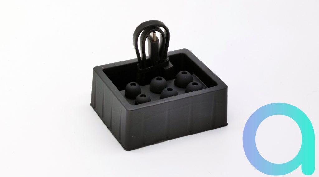 3 paires d'embouts de tailles différentes sont fournis avec les écouteurs intra auriculaires Redmi Buds 3 Pro