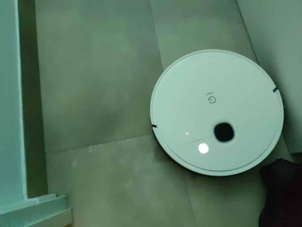 La LED de connexion Wi-Fi ne se voit bien qu'en étant dans la pénombre