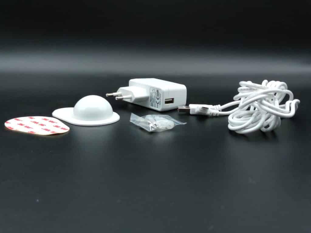 Alimentation et kit de fixation pour la caméra Solo 2 de SpotCam