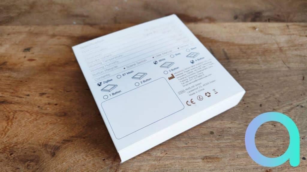 Au verso toutes les versions sont affichées et seule une coche précise le modèle MOES en boite : ZigBee, Blanc, 4 boutons
