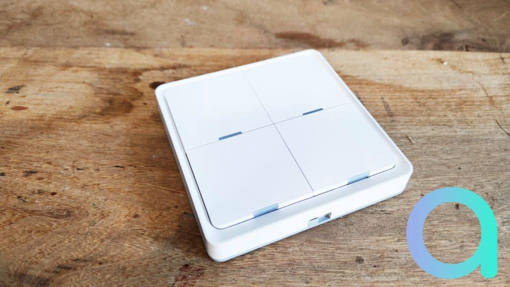 Le joli interrupteur sans fil ESW-OZAA-EU ZigBee de MOES